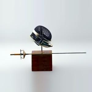 Zierfigur Fechtmaske mit Degen, Säbel, Florett in echt Sterling-Silber 925 mit Holz, Miniatur, Standmodell