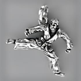 Anhänger Karate-Kämpfer in echt Sterling-Silber 925 oder Gold, Ketten- oder Schlüssel-Anhänger