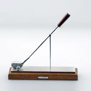Zierfigur Golfschläger mit Ball in echt Sterling-Silber 925 mit Holzpodest, Miniatur-Standmodell